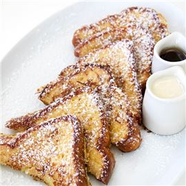 Breakfast: Hawaiian Vanilla French Toast